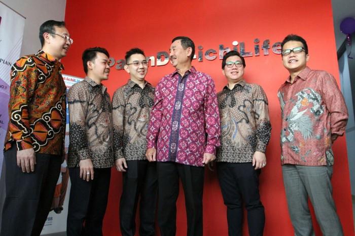 Perusahaan asuransi Panin Dai Ichi Life terus melebarkan sayap dengan membuka kantor pemasaran baru di Tangerang, Banten, Sabtu (14/3).