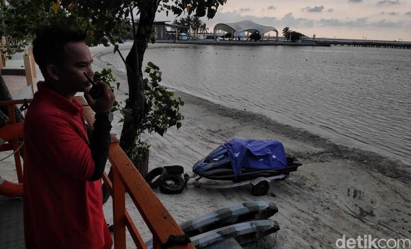 Selanjutnya, kawasan Pantai Ancol juga ditutup untuk umum. Pradita Utama/detikcom.