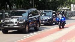 Video Menteri-menteri Jokowi Merapat ke RSPAD untuk Tes Corona