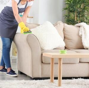 Jangan Anggap Remeh, Ini Lho Pentingnya Bersihkan Furniture Rumah