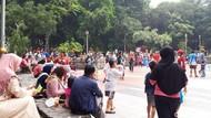 CFD Ditiadakan Cegah Corona, Tapi  Warga Surabaya Masih Padati Taman Bungkul