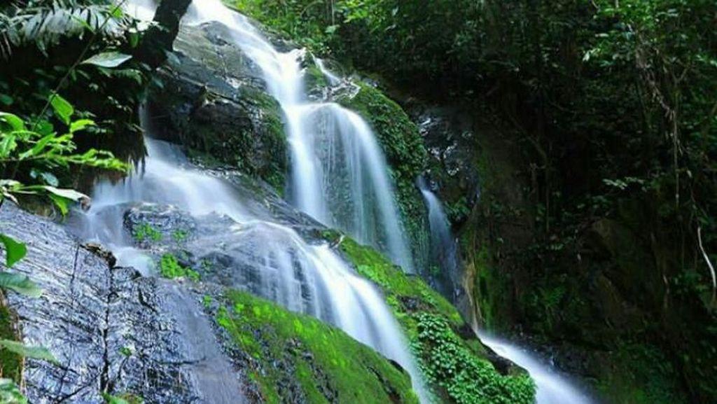 Air Terjun Seindah Ini Ada di Sumatera Barat