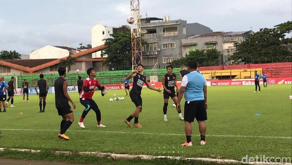 Kompetisi Ditangguhkan, PSM Makassar Kirim Materi Workout ke Pemain