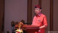 Penjelasan Koster soal Suap-suapan Satu Sendok di Acara PDIP Bali