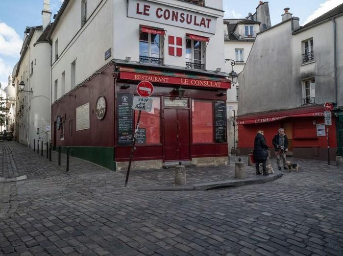 Wabah virus corona di Prancis mulai mengkhawatirkan. Otoritas setempat melaporkan 900 kasus baru hanya dala waktu 24 jam.