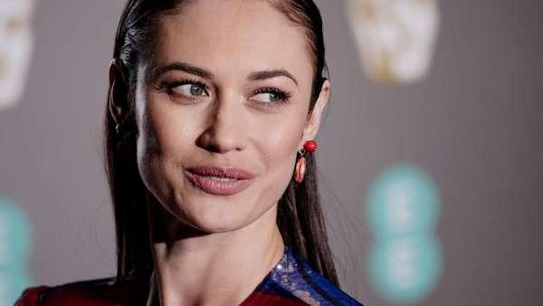 Olga Kurylenko, Bond Girl yang Berjuang Lawan Corona