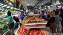 Gara-gara Corona, Pengunjung Toko Swalayan Jadi Ngirit Belanja