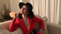 Momen Stylish Bond Girl Olga Kurylenko Sebelum Kena Virus Corona