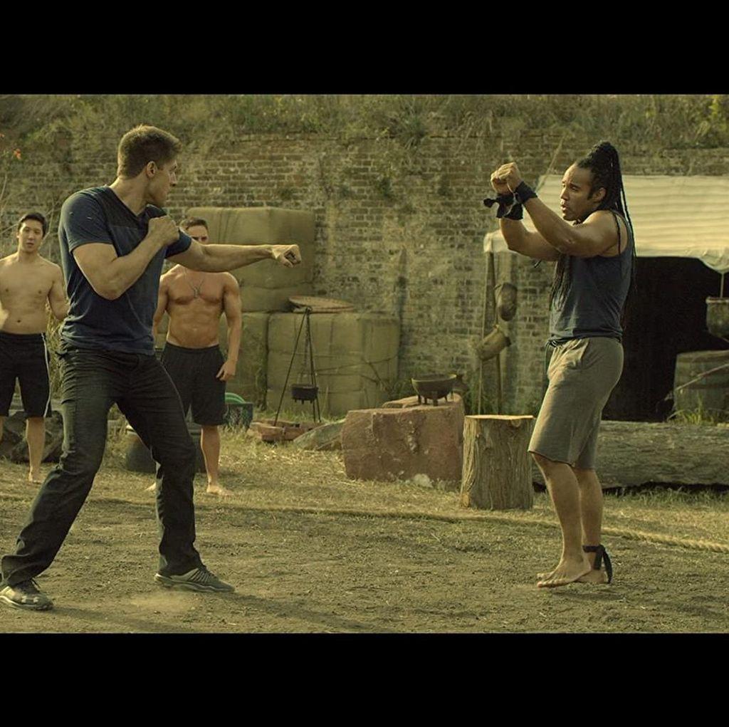 Jangan Lewatkan Kickboxer Vengeance di Bioskop Trans TV Malam Ini!