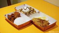 Huah! Tersengat Pedas Ayam Jomblo Berimajinasi dan Mie Julid Nampol