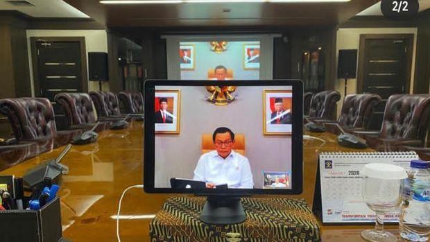 Jokowi Gelar Ratas soal Corona via Teleconference