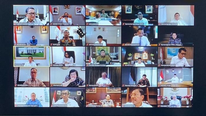 Jokowi ratas bersama para menteri (Dok. Instagram Pramono Anung)