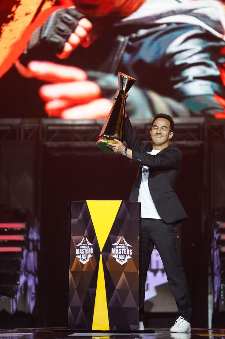 Aktor kebanggan Tanah Air, Joe Taslim terpilih menjadi karakter lokal yang hadir di game bertaraf internasional Free Fire.