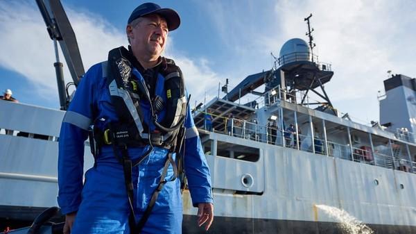 Kata Rob McCallum, mitra pendiri EYOS Expeditions, ini adalah ekspedisi paling eksklusif di Bumi. Saat ini, hanya tiga ekspedisi yang pernah dilakukan ke dasar Challenger Deep, dan lebih banyak orang ke bulan daripada ke dasar lautan (Foto: EYOS Expeditions/CNN)