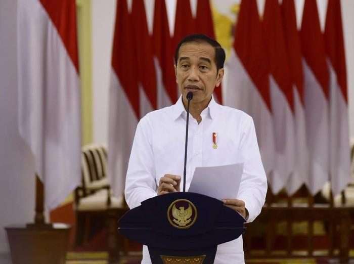 Jokowi dan Jajaran Menteri Peringati Hari Lahir Pancasila secara ...