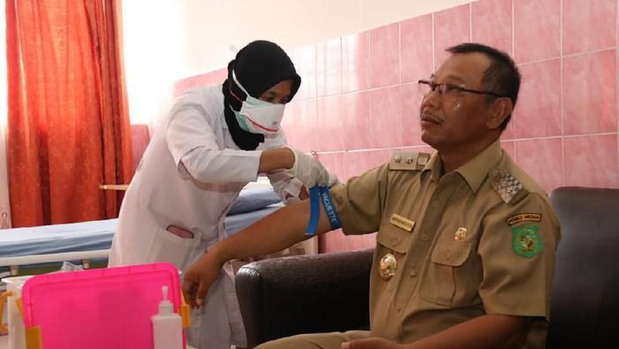 Plt Walkot Medan Akhyar Nasution cek kesehatan di RSUD Pirngadi.
