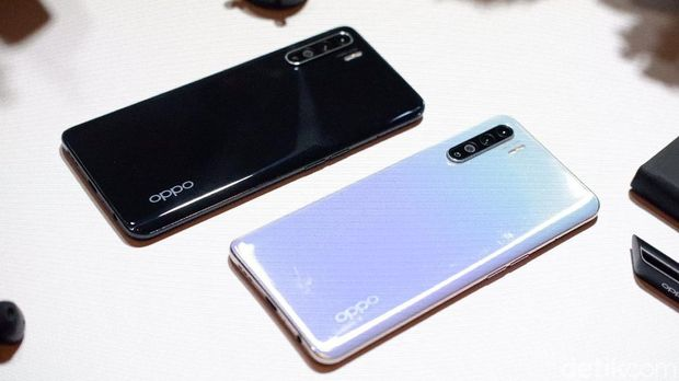 Beli OPPO Reno3 Gratis True Wireless Enco Free