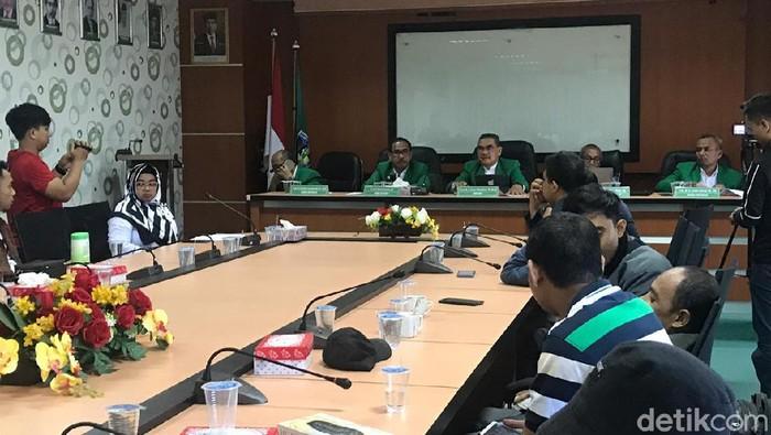 Rektor UMI Makassar mengumumkan meliburkan mahasiswa 3 pekan, kuliah diganti sistem online (Ibnu Munsir/detikcom)