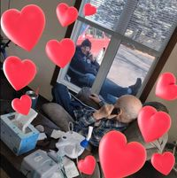 Foto menghangatkan hati saat anak kunjungi ayahnya di tengah wabah virus corona