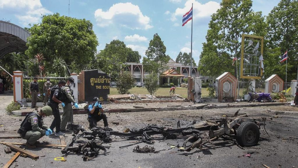 2 Bom Meledak di Luar Kantor Pemerintah Thailand, 20 Orang Luka-luka