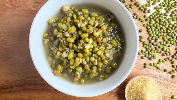Bubur kacang hijau.