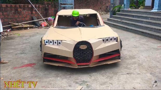 Replika Bugatti Chiron dari kardus