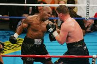 Mike Tyson dan Burung Merpati