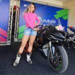 Indy Munoz, Pebalap Motor Cantik Brasil Tewas Kecelakaan