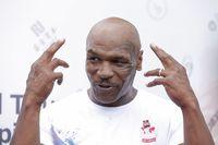 Mike Tyson begitu mencintai burung merpati