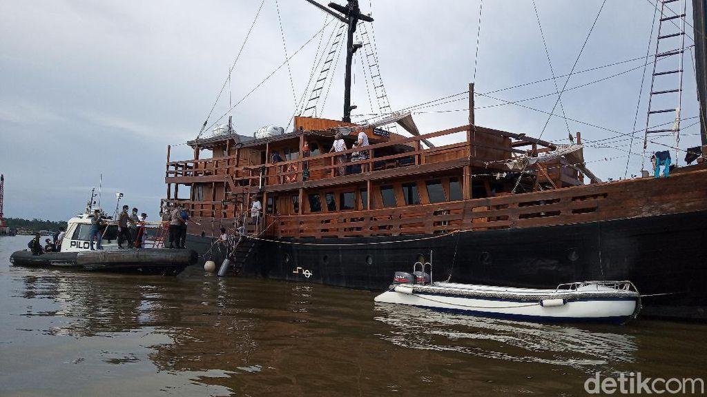 Kapal Pesiar Angkut Turis Asing Akan Sandar di Timika, Pemda Siaga