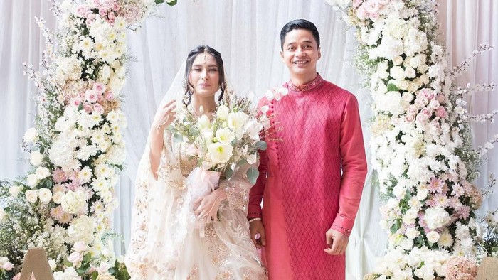 Adly Fairuz dan Angbeen Rishi
