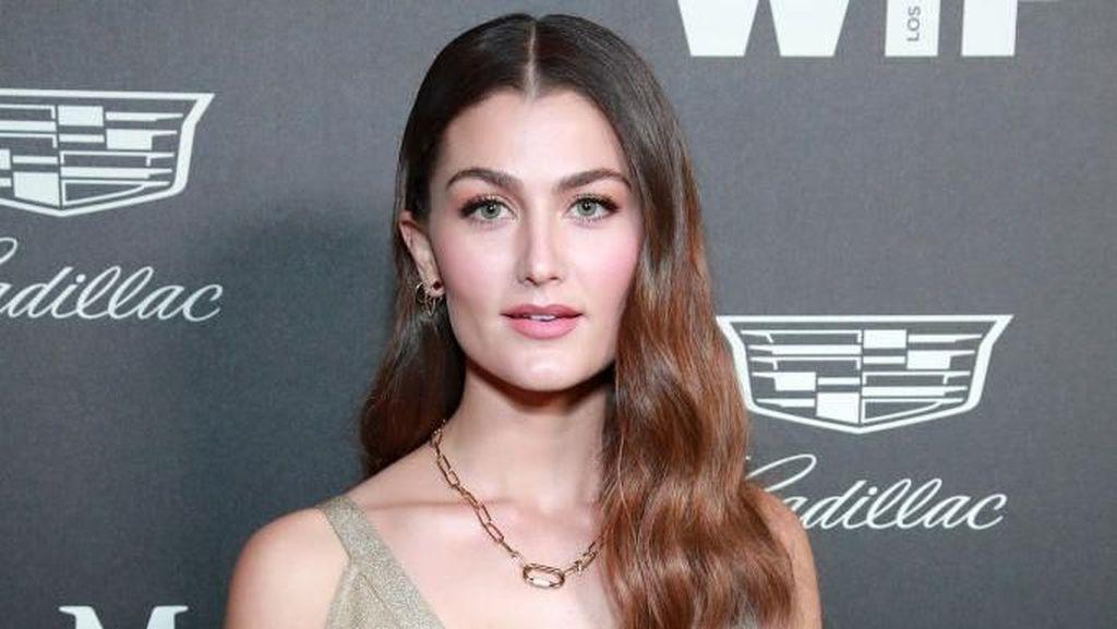 Mengenal Rachel Matthews, Aktris Frozen 2 yang Positif Virus Corona