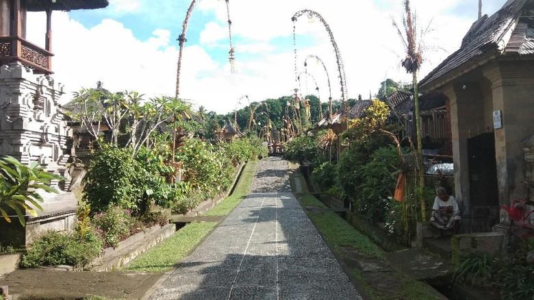 Desa Wisata Panglipuran Bali ditutup sementara untuk mencegah Corona