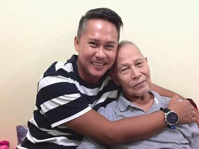 Ernest dan ayah