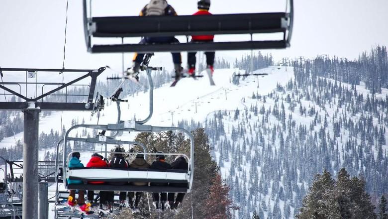 Resor Ski di maerika Tutup Karena Virus Corona