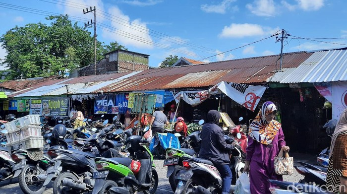 pasar tradisional surabaya