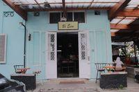 Coffeelense Coffee Brewery: Lezatnya Poached Egg Katsu di 'Warung Bi Eem'
