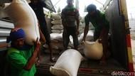 Jakarta Geger Corona, Stok Beras Aman Nggak?