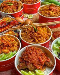 Makan Siang di Rumah? Pesan Saja Oseng Mercon sampai Yakiniku Mentai
