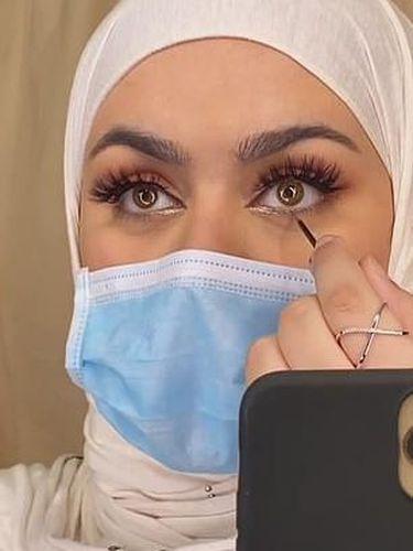 Beauty Influencer Irak Dihujat karena Berikan Tutorial Makeup Bertema Corona