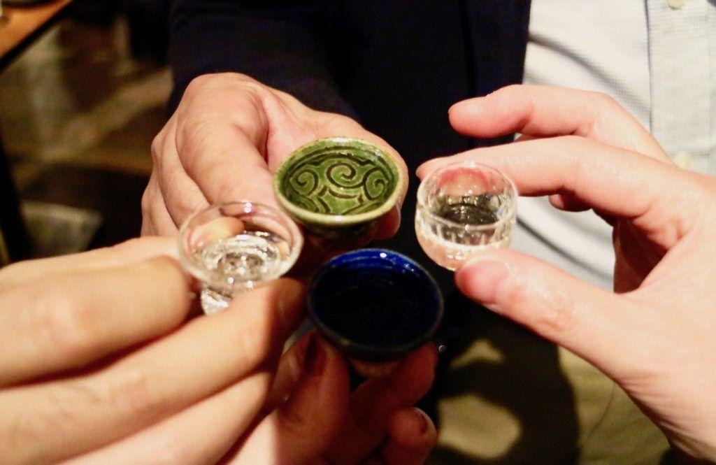 minum sake