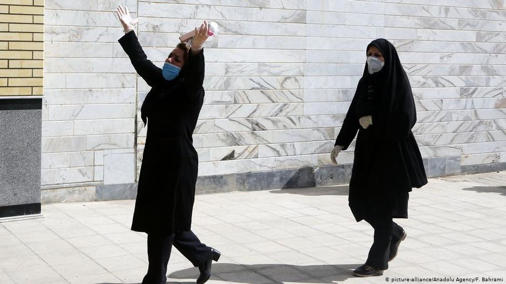 Iran Bersiap Lockdown Saat Kasus Corona Kembali Melonjak