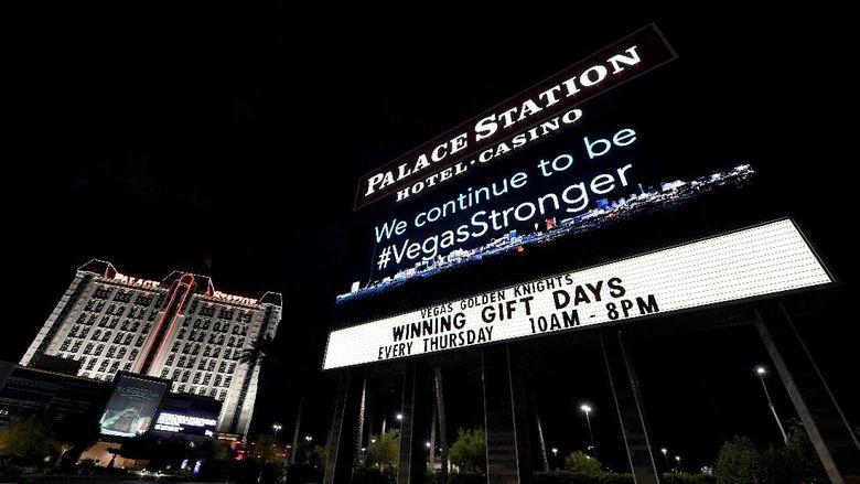 Las Vegas menjadi kota yang terdampak corona. Sejumlah hotel dan kasino ditutup untuk mencegah penularan virus COVID-19.