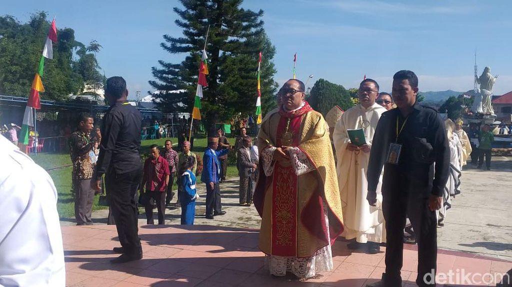 Penahbisan Uskup Ruteng Usai, Peserta Datang Tak Sebanyak Target Awal