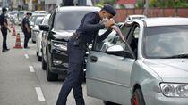 Mulai 1 April, Malaysia Hanya Bolehkan 1 Orang di Dalam Mobil