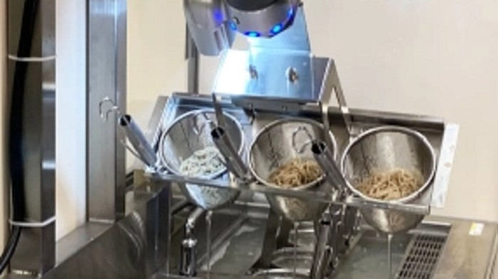 soba dibuat oleh robot canggih