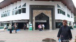 Masjid Kembali Gelar Jumatan, Ini Kata MUI Kota Bandung
