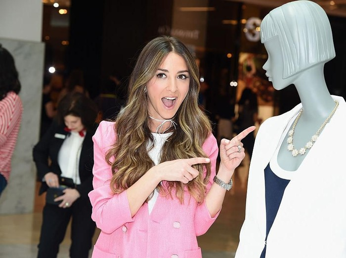PARAMUS, NJ - MAY 14:  Blogger Arielle Charnas attends the Westfield x Who What Wear Presents: Boss Notes at Westfield Garden State Plaza Mall on May 14, 2016 in Paramus, New Jersey.  (Photo by Dave Kotinsky/Getty Images for Westfield)