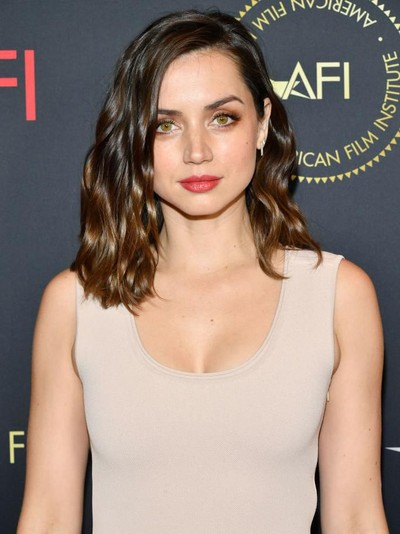LOS ANGELES, CALIFORNIA - JANUARY 03:  Actor Ana de Armas attends the 20th Annual AFI Awards at Four Seasons Hotel Los Angeles at Beverly Hills on January 03, 2020 in Los Angeles, California. (Photo by Amy Sussman/Getty Images for AFI)