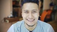 Lewat Tulisan Ini, Arie Untung Beri Kode Siap Poligami?